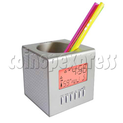 Cube Pen Holder with Clock