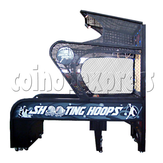 Shooting Hoops basketball machine 21122