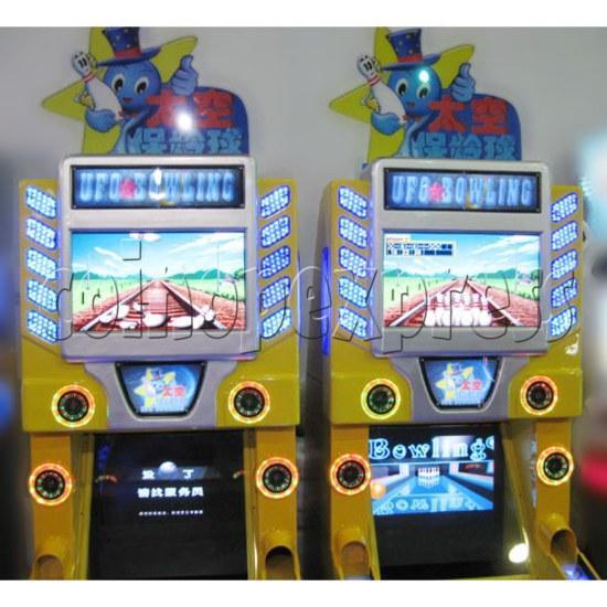 UFO Bowling Machine 26022
