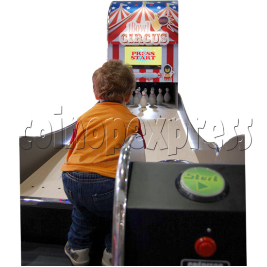 "I-Bowl Circus bowling machine (with 22"" LCD Screen)  31183"