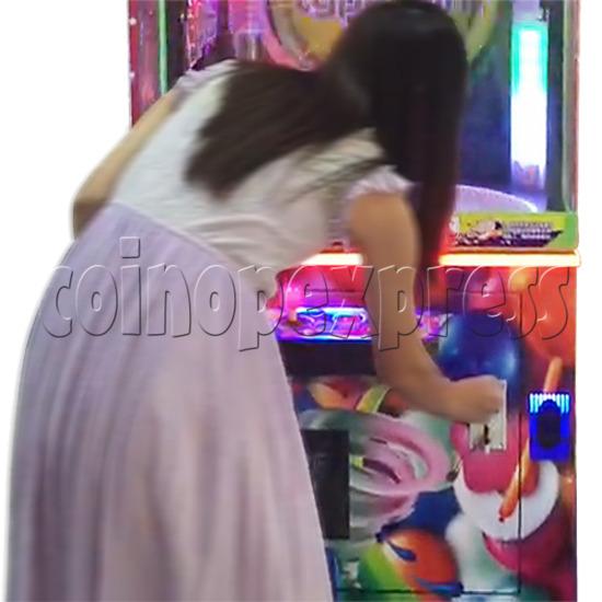 Candy Typhoon  Grabber Prize Machine (Button Version) 34141