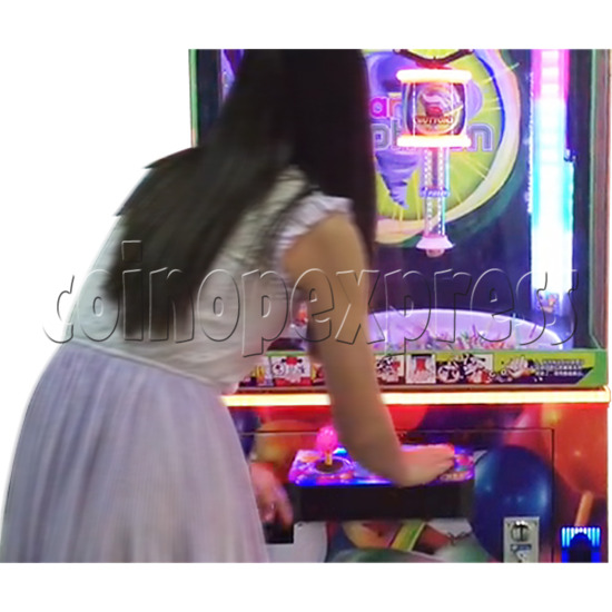 Candy Typhoon  Grabber Prize Machine (Button Version) 34143