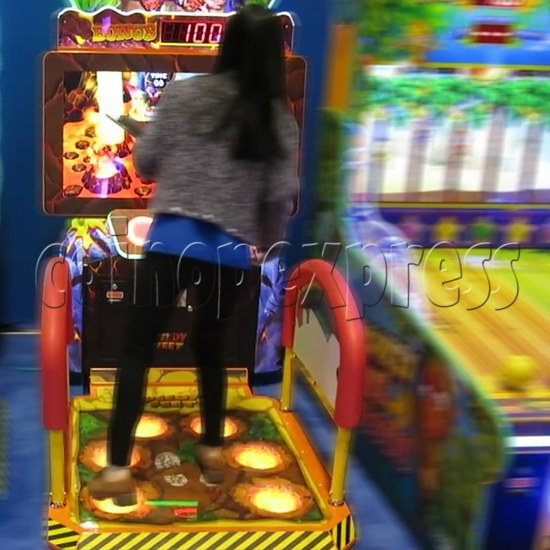 Speedy Feet Video Game Redemption Machine  34296