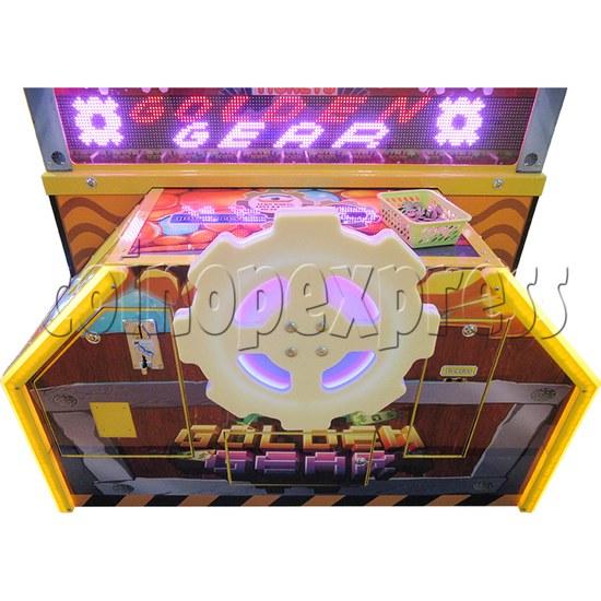 Golden Gear Skill Test Ticket Redemption Arcade Machine - gearwheel