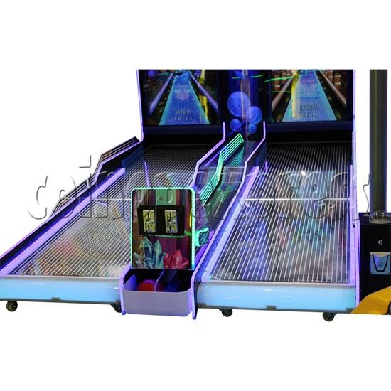 Fantasy Forest Bowling Ticket Redemption Arcade Machine - lanes