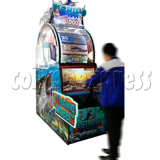 Fishing Wheel Game Ticket Redemption Arcade Machine - play view 1