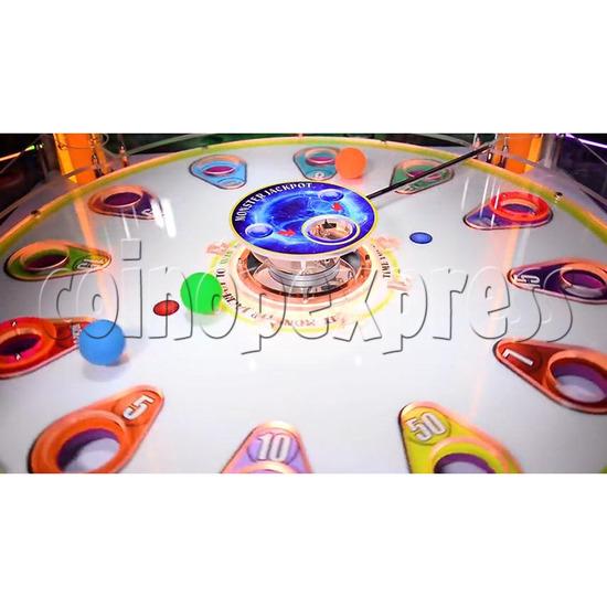 Magic Ball Ticket Redemption Arcade Machine - Turntable