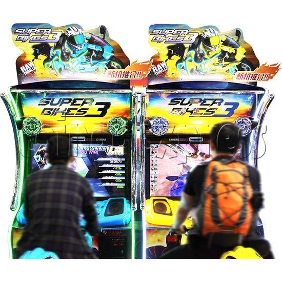 Super Bikes 3 Motorcycle Racing Arcade Game Machine - play view 2