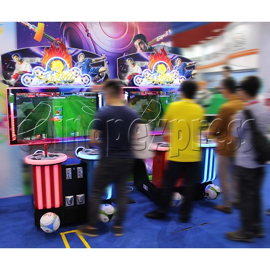 Fantasy Soccer Sport Arcade Machine 2 Players - play view 1