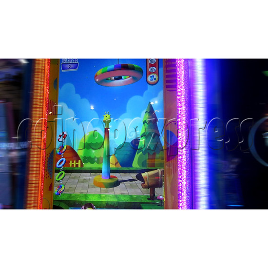 Ring Tossing Ticket Redemption Arcade Machine - play view 1
