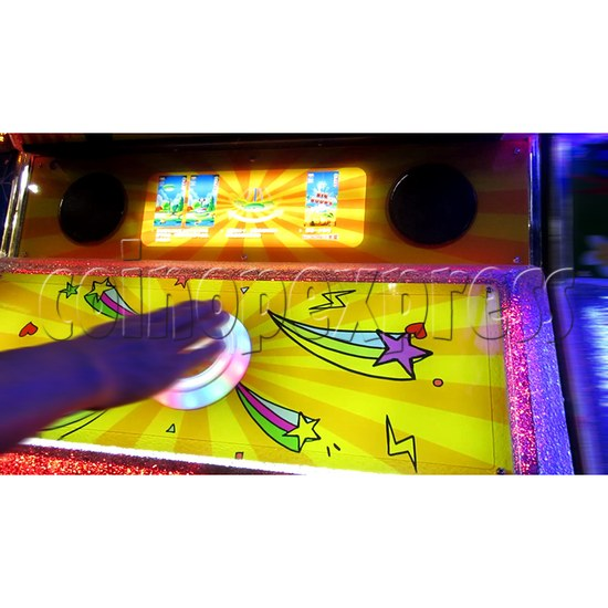 Ring Tossing Ticket Redemption Arcade Machine - play view 2
