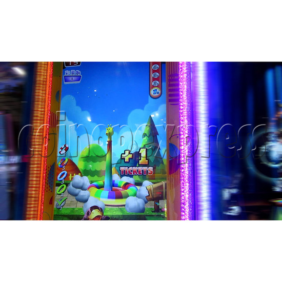 Ring Tossing Ticket Redemption Arcade Machine - play view 3