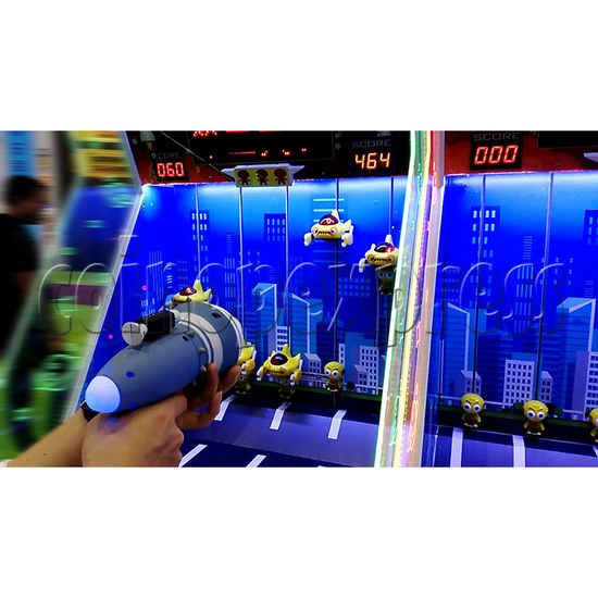 Save The Earth Gun Shooting Ticket Redemption machine - play view 2