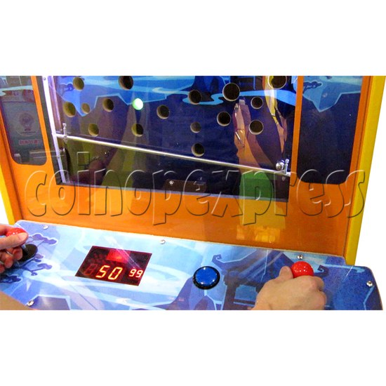 The Monkey King Mechanical Action Ticket Redemption Arcade Machine - play view