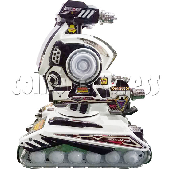 Space King Walking Robocop Rides - side view