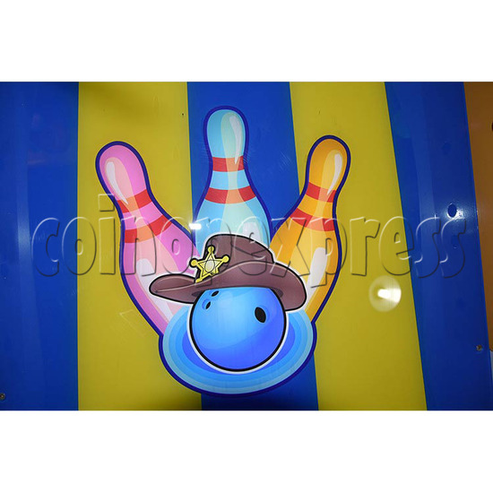 Adventure Bowling Machine - lane