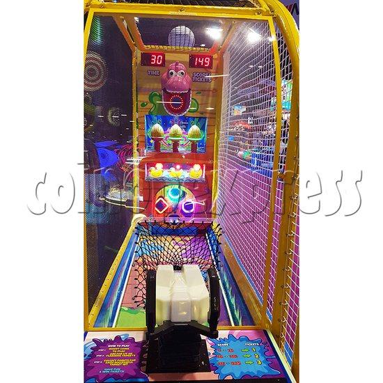 Play Zone Ball Pool Machine - both sides shooting games