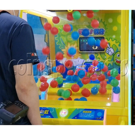 Rainbow Spinner Ticket Redemption Arcade Machine playfield