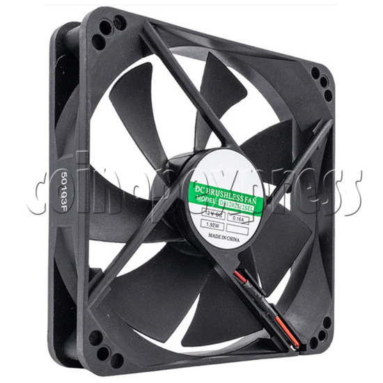 12volt Arcade Brushless Cooling Fan 12 x 12cm angle view